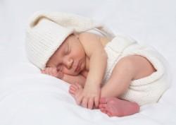 Ребенку 2 месяца. Правильный уход и развитие ребенка в 2 месяца. Питание и режим дня ребенка в 2 месяц жизни. Что должен уметь делать ребенок н