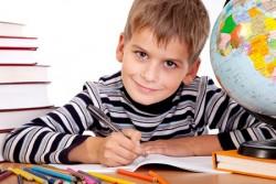 Ребенку 9 лет. Игры и развитие ребенка в 9 лет. Питание и режим дня ребенка в 9 лет жизни. Что должен уметь делать ребенок в 9 лет.
