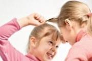 Ребенок дерется: что делать?